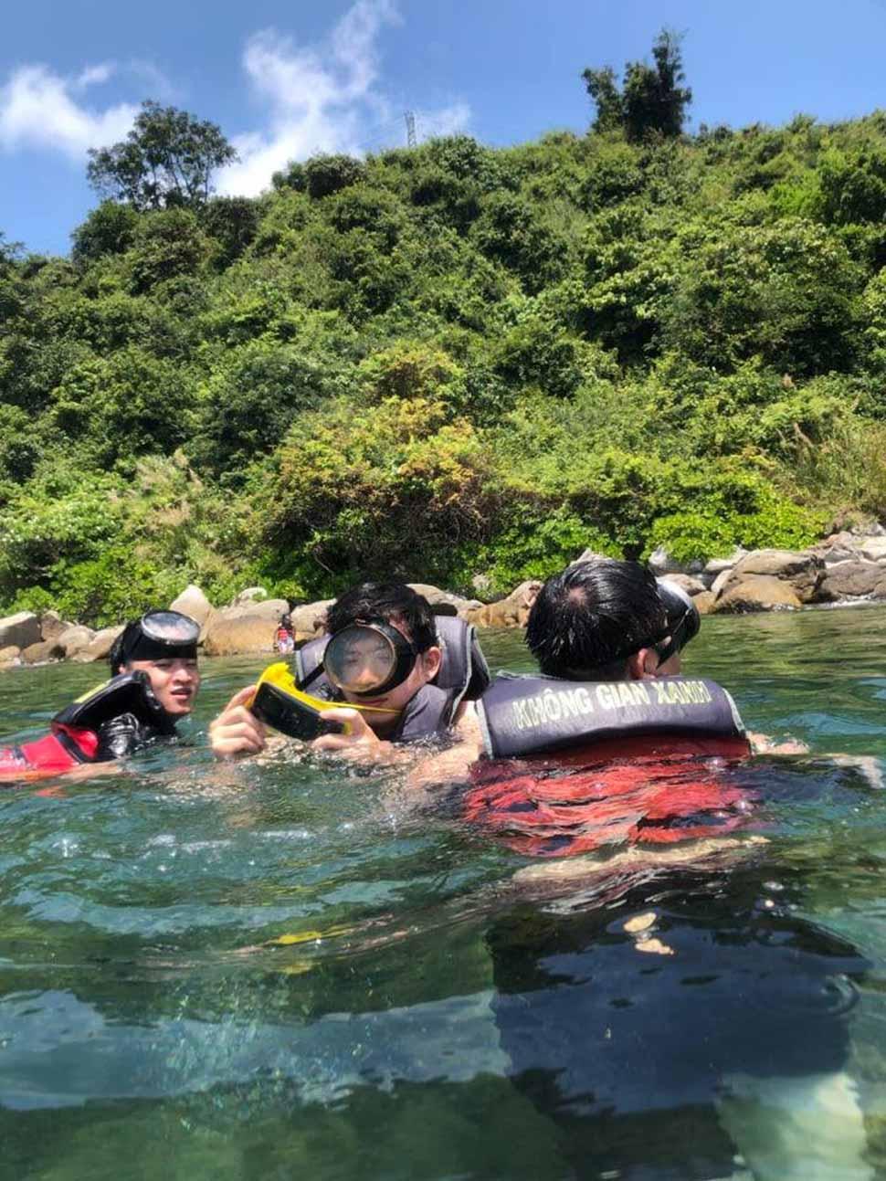 Lặn ngắm rặng san hô tuyệt đẹp tại Cù Lao Chàm