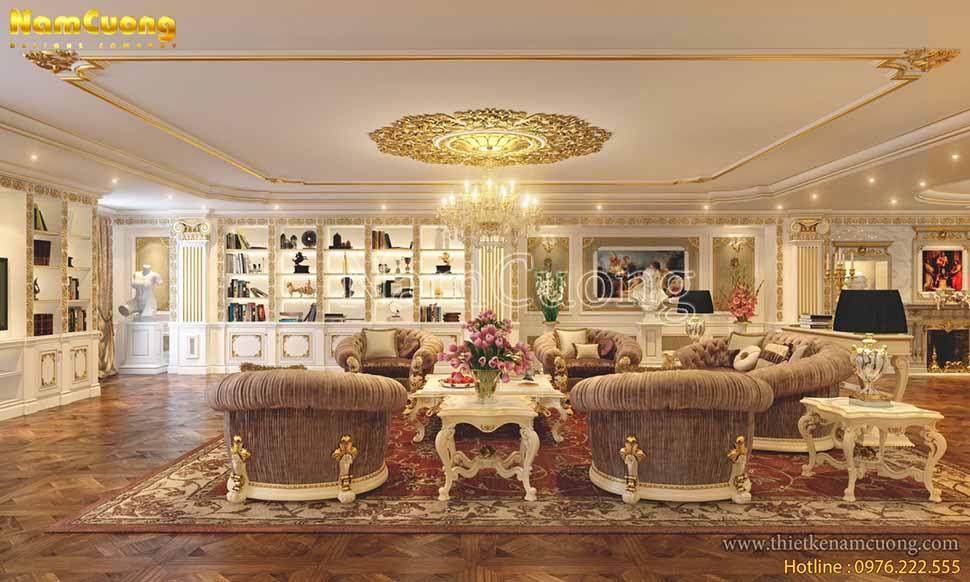 Các bức tường xung quanh bày các tủ kệ trang trí, tủ sách, tranh ảnh đậm chất cổ điển