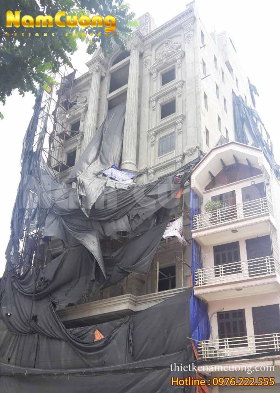 Mặt tiền khách sạn tân cổ điển trong quá trình xây khách sạn 5 sao